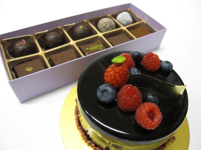 2010年のバレンタインのチョコレート・ケーキは50台に増産 ...